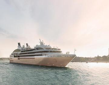 Le-Lyrial Cruceros